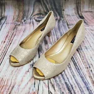 Alex Marie Peep Toe Metallic Kitten Heels
